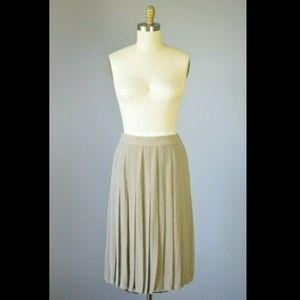 Vintage Escada 100% Silk Pleated Long Midi Skirt